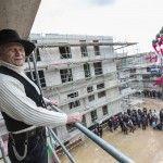 Von Begegnungen im Treppenhaus – Clouth.eins Richtfest