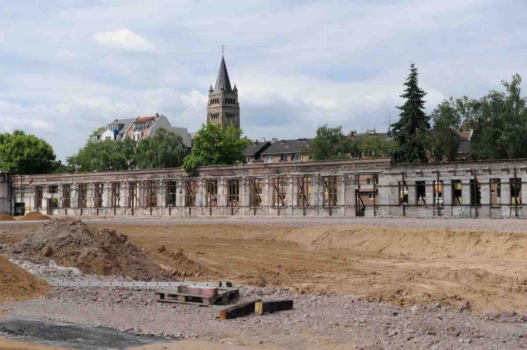 Stand der Bauarbeiten Clouth-Quartier