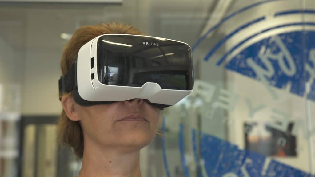 Besichtigung mit Virtual-Reality Brille