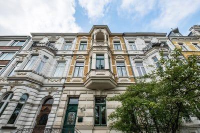 Foto der Altbau-Fassade einer Mietwohnung