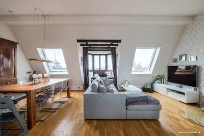 Foto eines eingerichteten Wohnraums