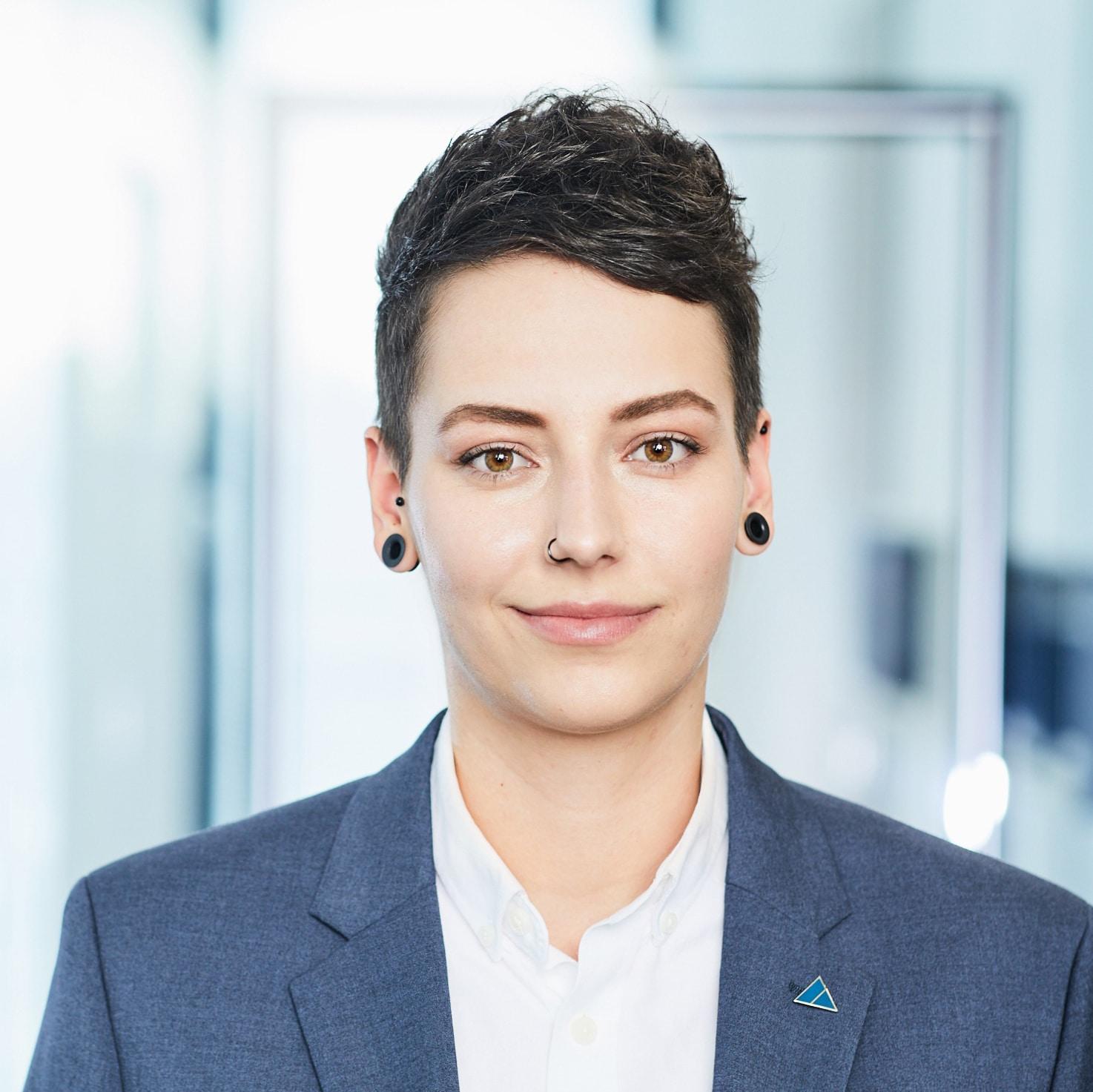 Carina Stellmacher